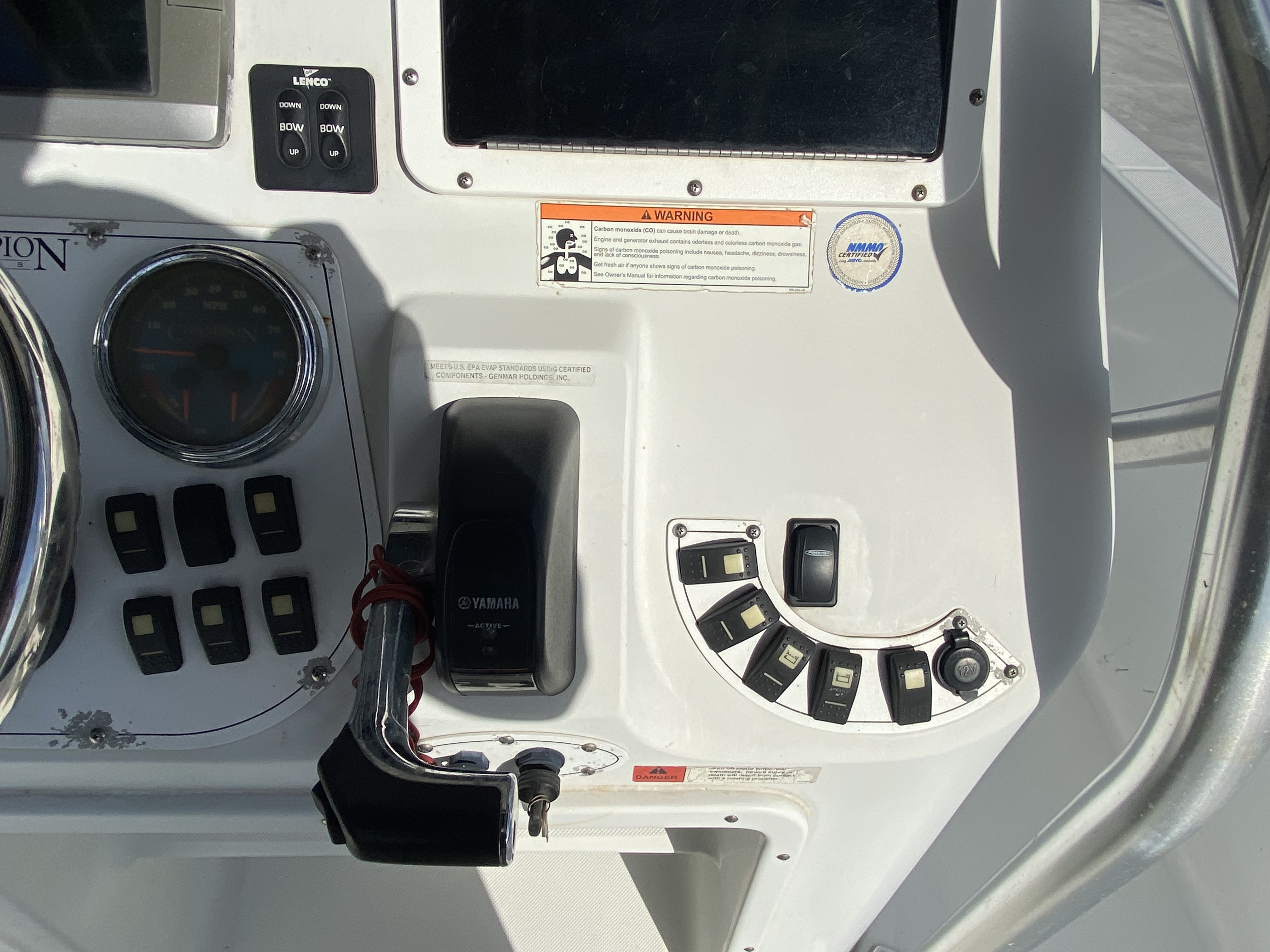 2010 Champion boat for sale, model of the boat is 25 BAY & Image # 6 of 25