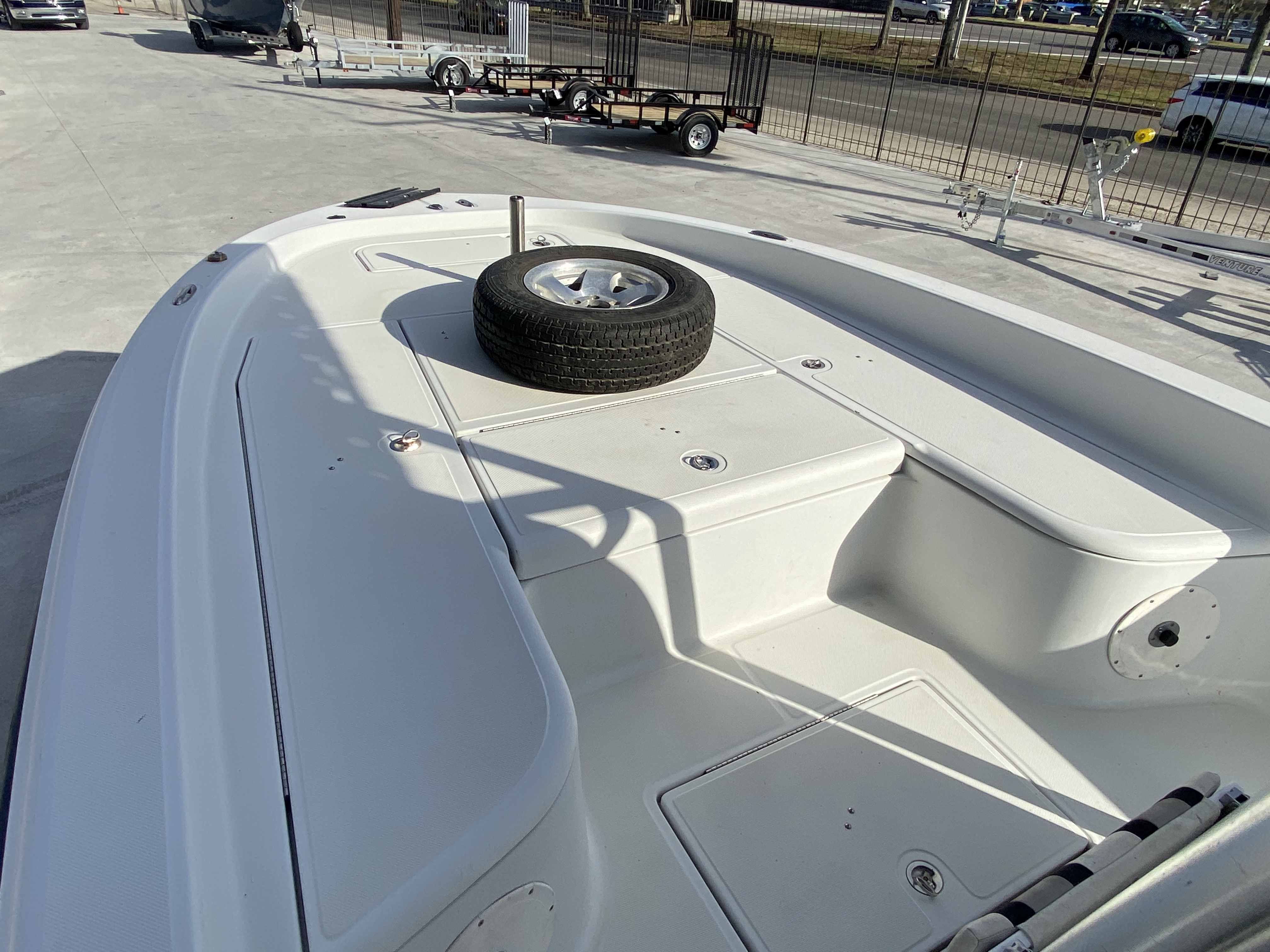 2010 Champion boat for sale, model of the boat is 25 BAY & Image # 7 of 25