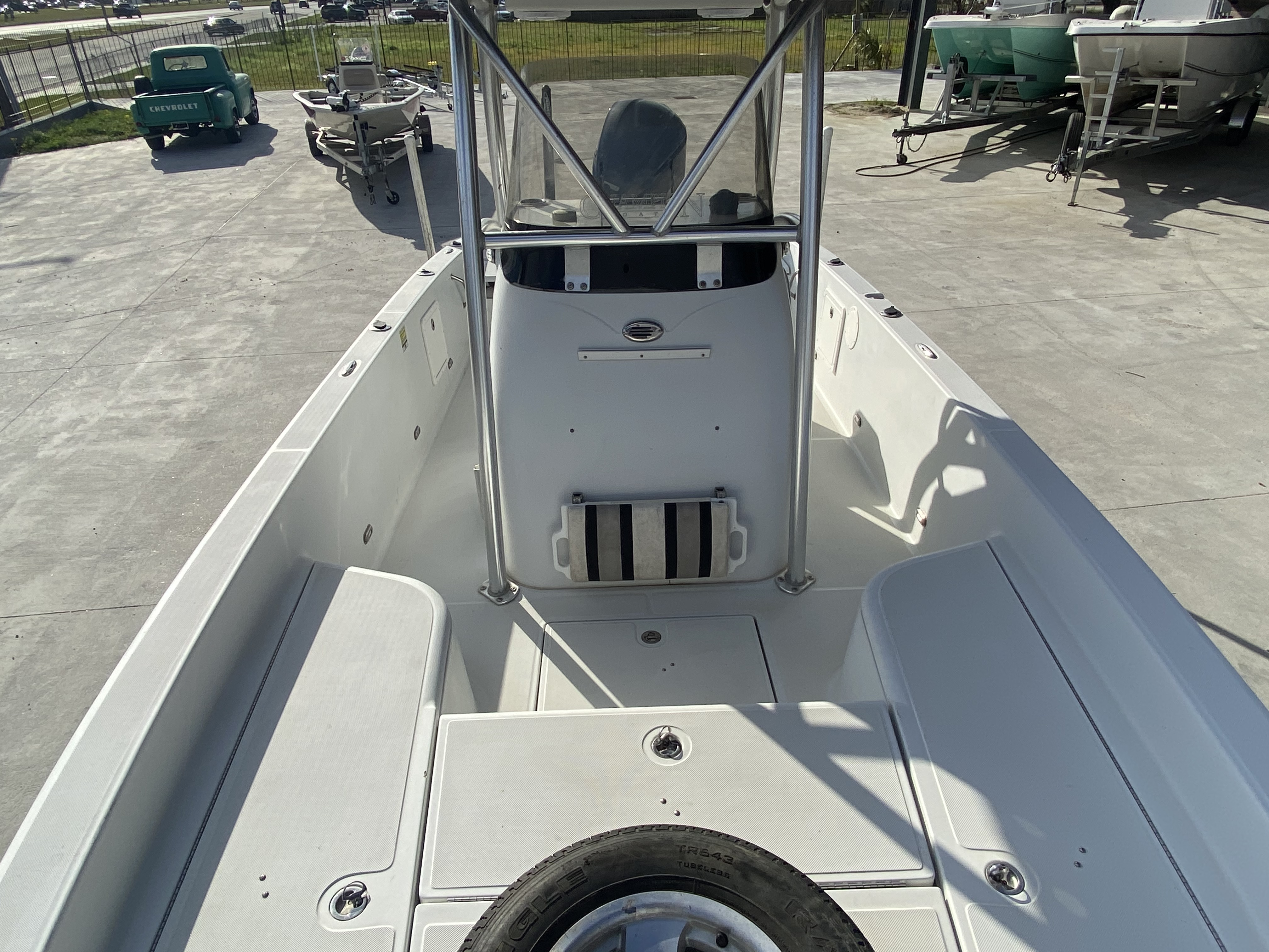 2010 Champion boat for sale, model of the boat is 25 BAY & Image # 8 of 25