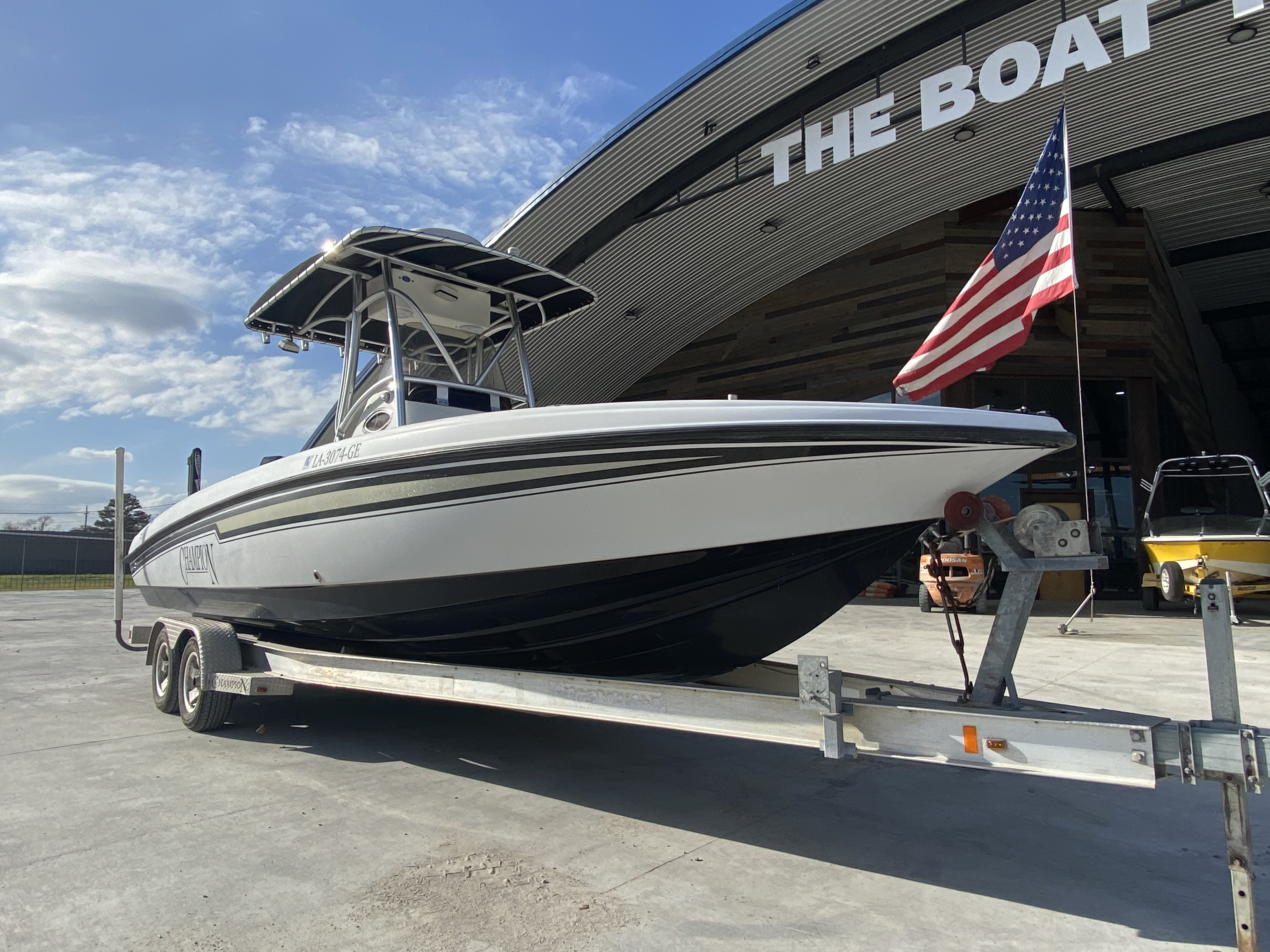 2010 Champion boat for sale, model of the boat is 25 BAY & Image # 17 of 25