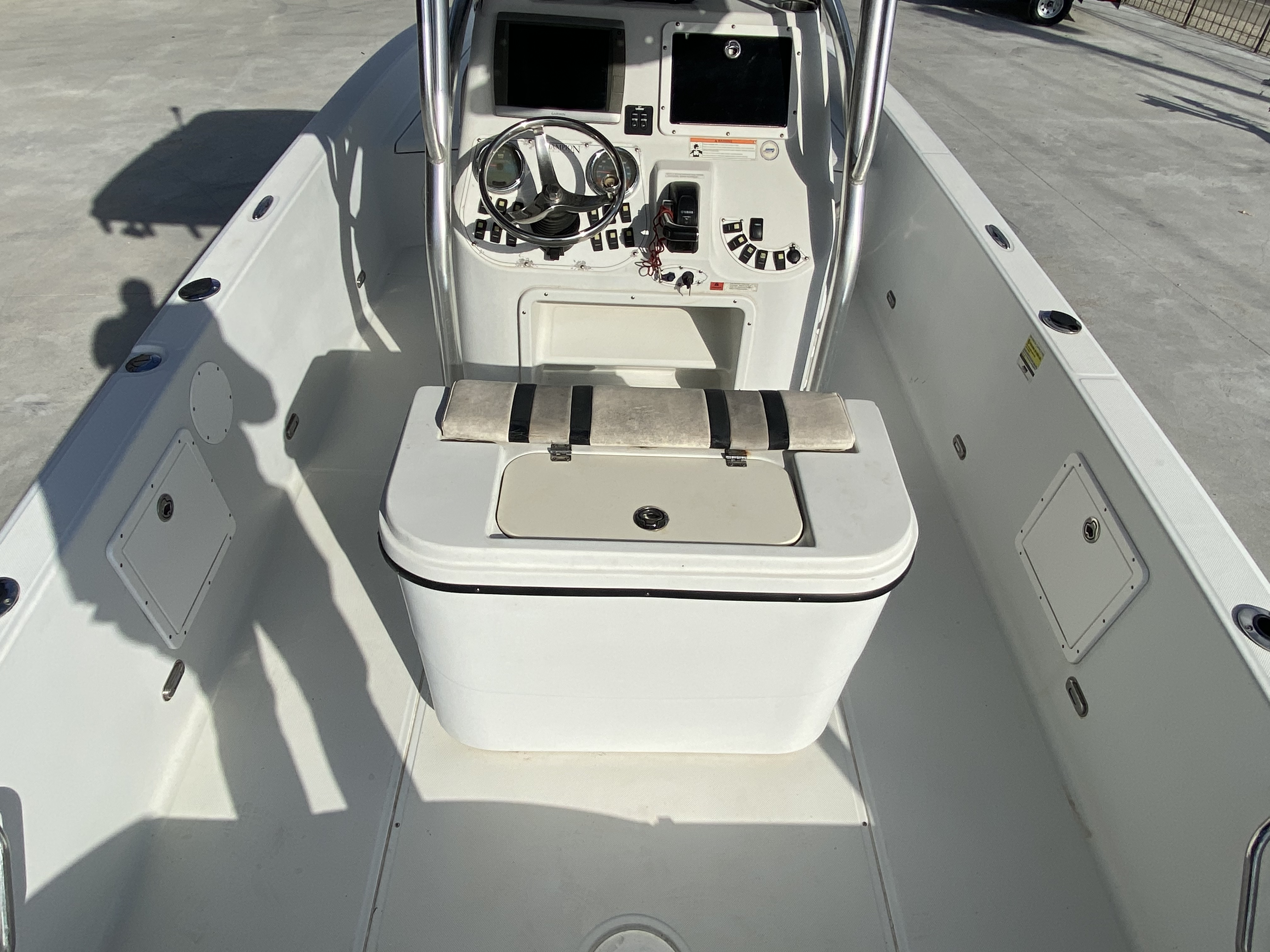 2010 Champion boat for sale, model of the boat is 25 BAY & Image # 19 of 25