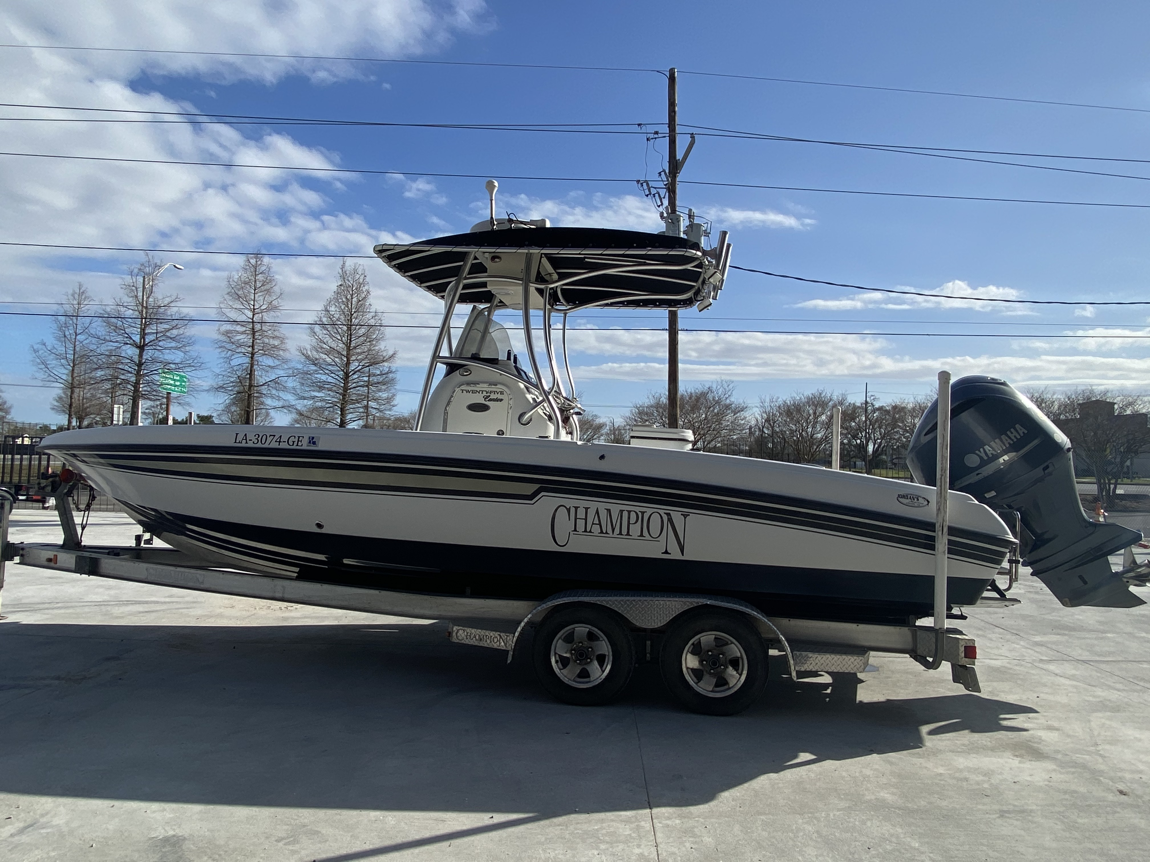 2010 Champion boat for sale, model of the boat is 25 BAY & Image # 13 of 25
