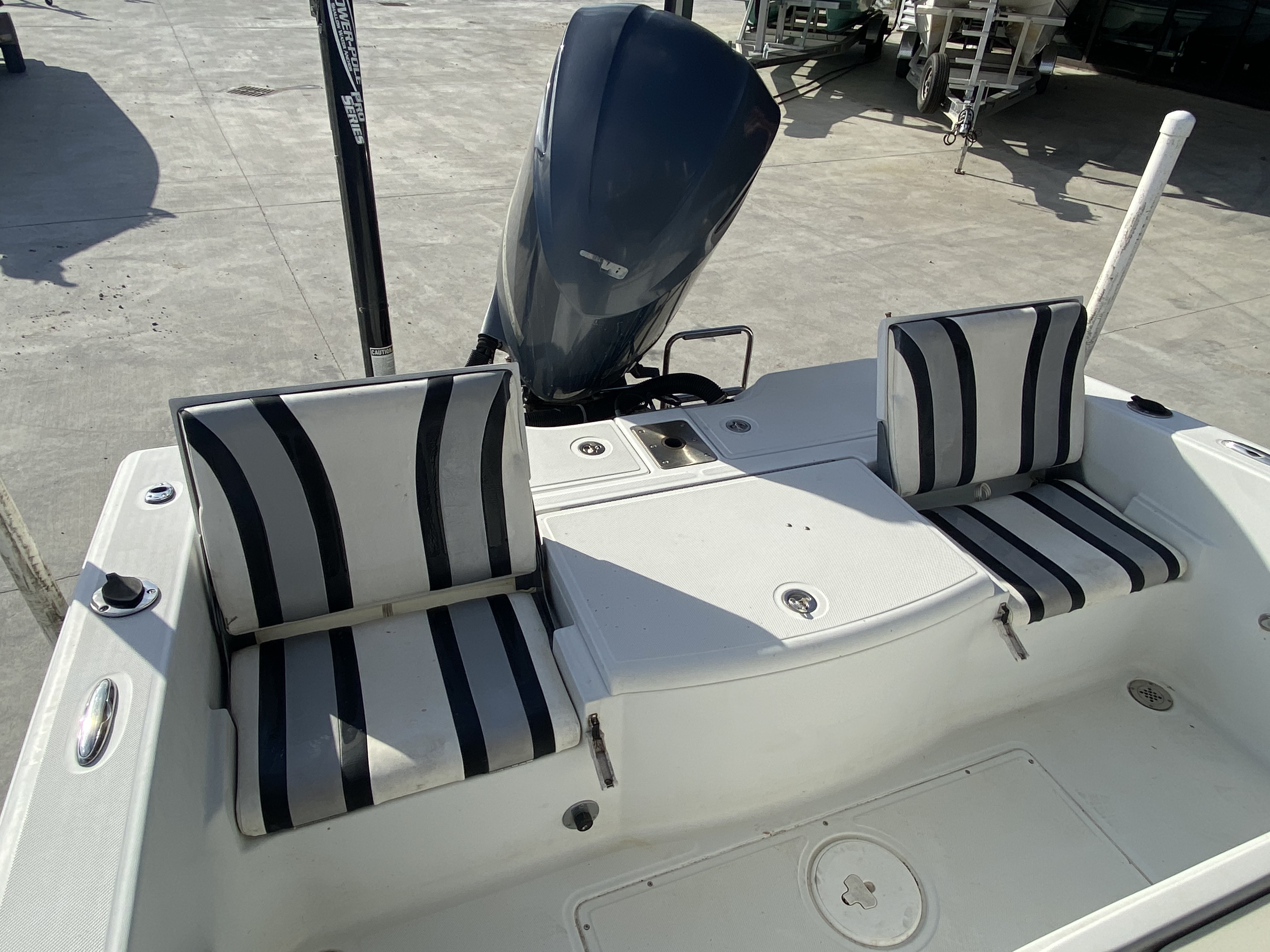 2010 Champion boat for sale, model of the boat is 25 BAY & Image # 24 of 25