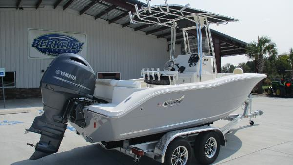 2021 Bulls Bay boat for sale, model of the boat is 200 CC & Image # 5 of 54