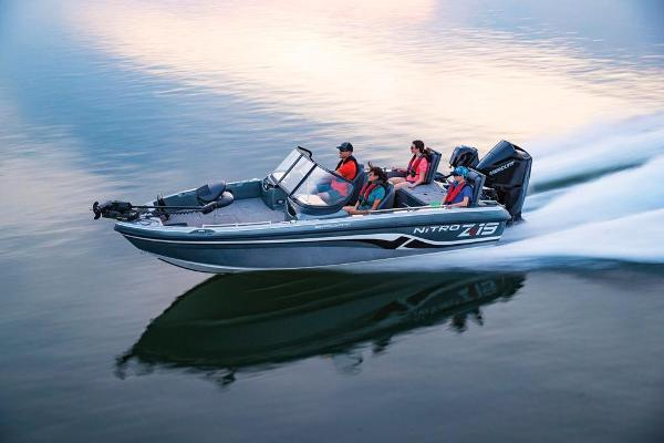 2019 Nitro boat for sale, model of the boat is ZV19 Sport & Image # 17 of 40