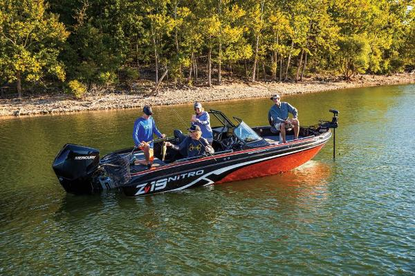 2019 Nitro boat for sale, model of the boat is ZV19 Sport & Image # 21 of 40