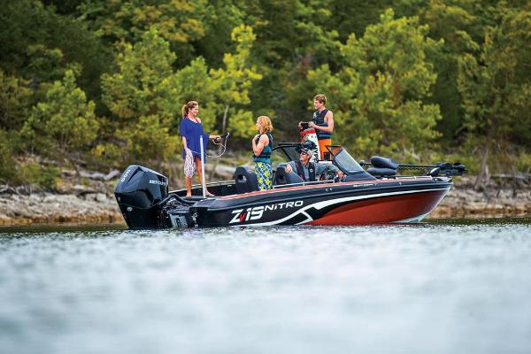 2019 Nitro boat for sale, model of the boat is ZV19 Sport & Image # 23 of 40