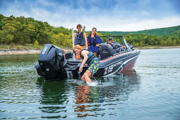 2019 Nitro boat for sale, model of the boat is ZV19 Sport & Image # 33 of 40