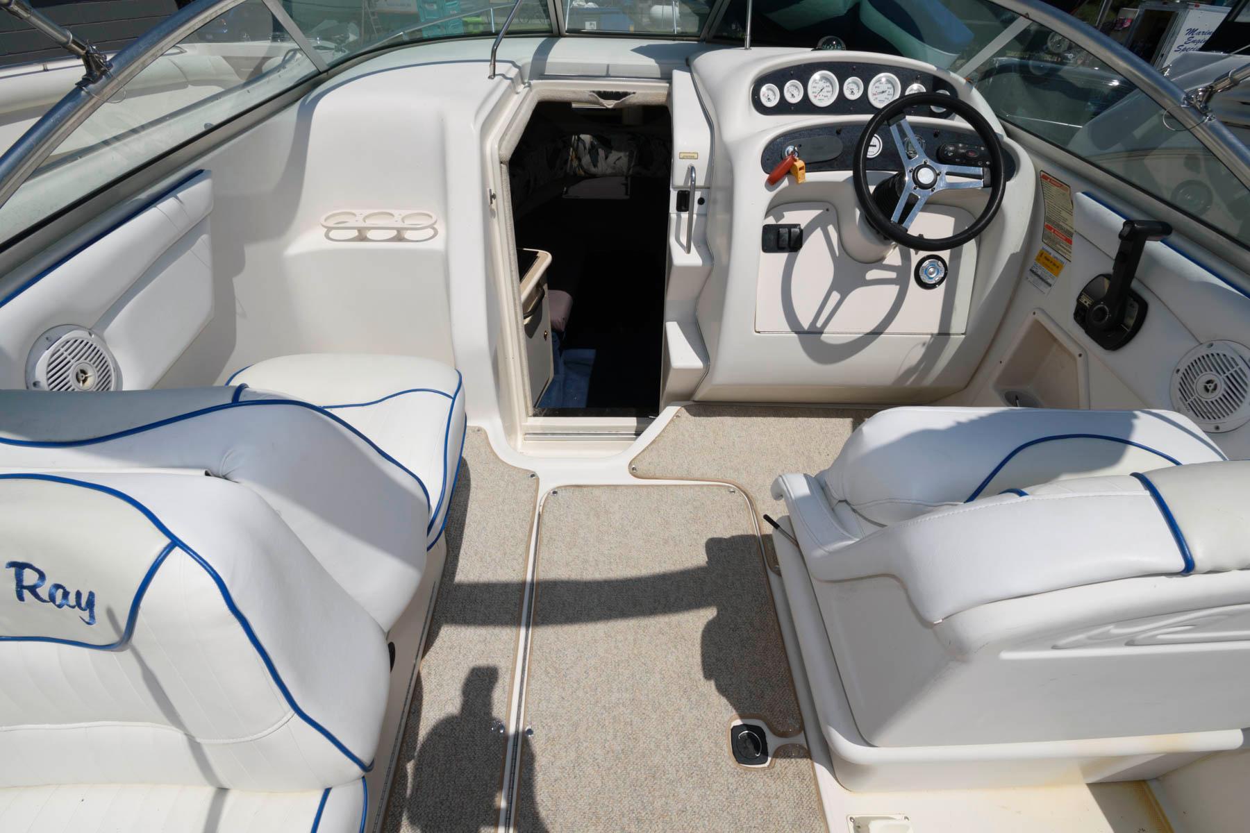 M 6359 KB Knot 10 Yacht Sales