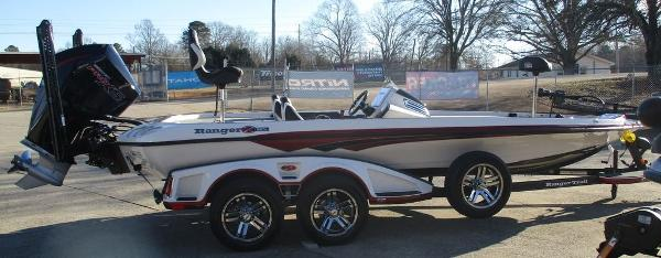 2021 Ranger Boats boat for sale, model of the boat is Z521C Ranger Cup Equipped & Image # 3 of 8
