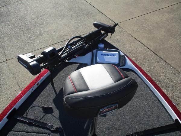 2021 Ranger Boats boat for sale, model of the boat is Z521C Ranger Cup Equipped & Image # 4 of 8