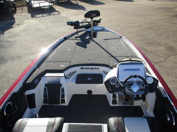 2021 Ranger Boats boat for sale, model of the boat is Z521C Ranger Cup Equipped & Image # 7 of 8