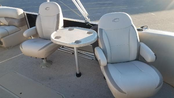2012 Crest boat for sale, model of the boat is 250SLR Caribbean & Image # 11 of 24