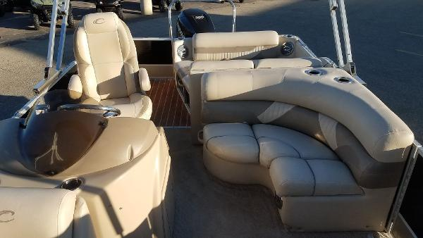 2012 Crest boat for sale, model of the boat is 250SLR Caribbean & Image # 12 of 24