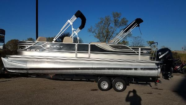 2012 Crest boat for sale, model of the boat is 250SLR Caribbean & Image # 2 of 24