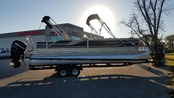 2012 Crest boat for sale, model of the boat is 250SLR Caribbean & Image # 6 of 24