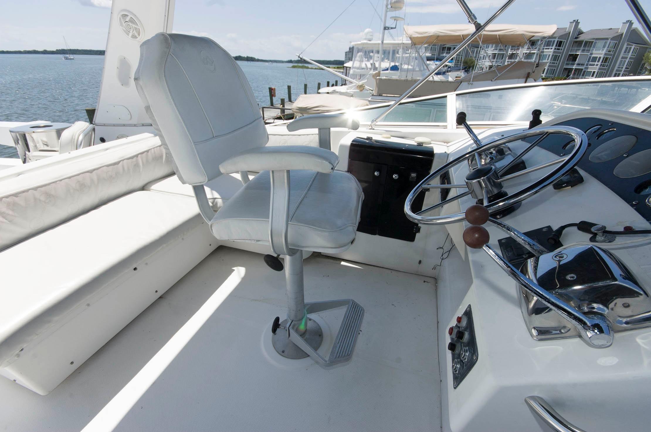 M 5487 JP Knot 10 Yacht Sales