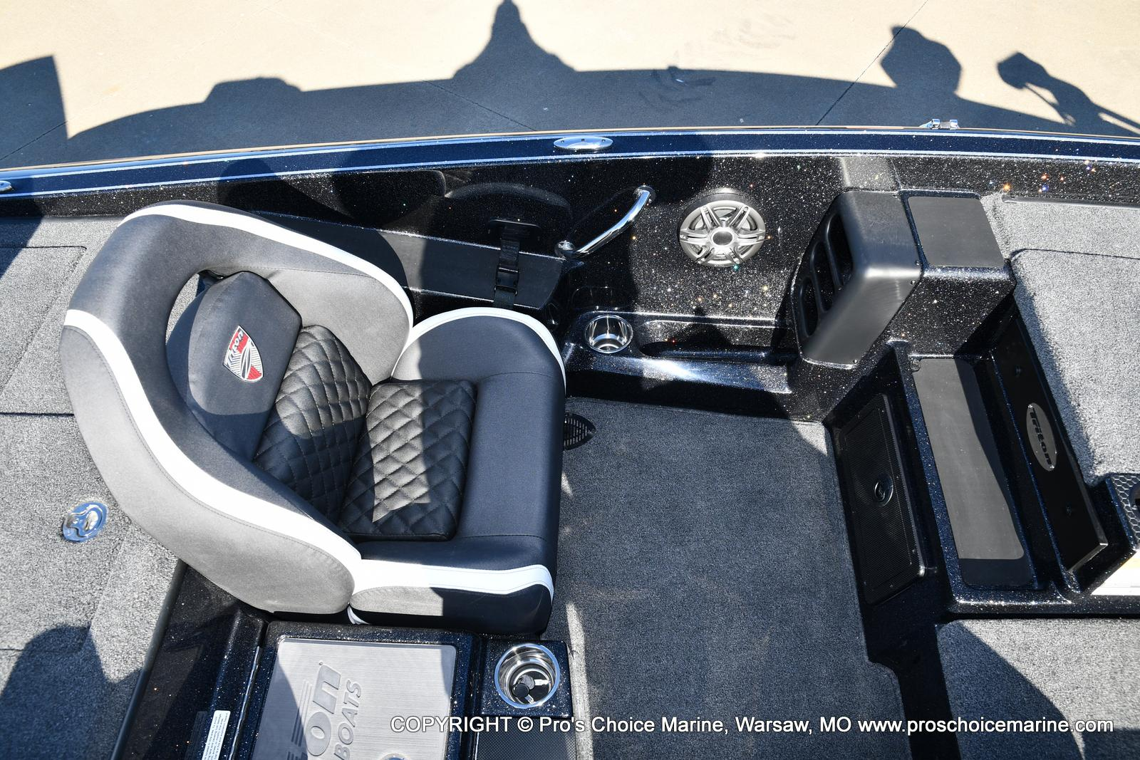 2021 Triton boat for sale, model of the boat is 19 TRX PATRIOT w/225HP PRO-XS & Image # 23 of 50