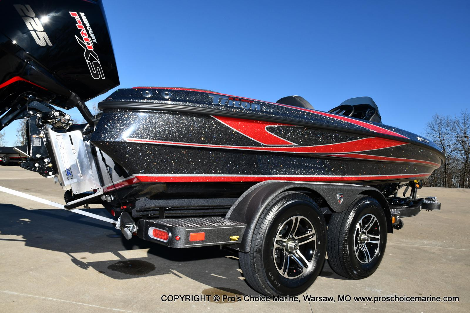 2021 Triton boat for sale, model of the boat is 19 TRX PATRIOT w/225HP PRO-XS & Image # 2 of 50