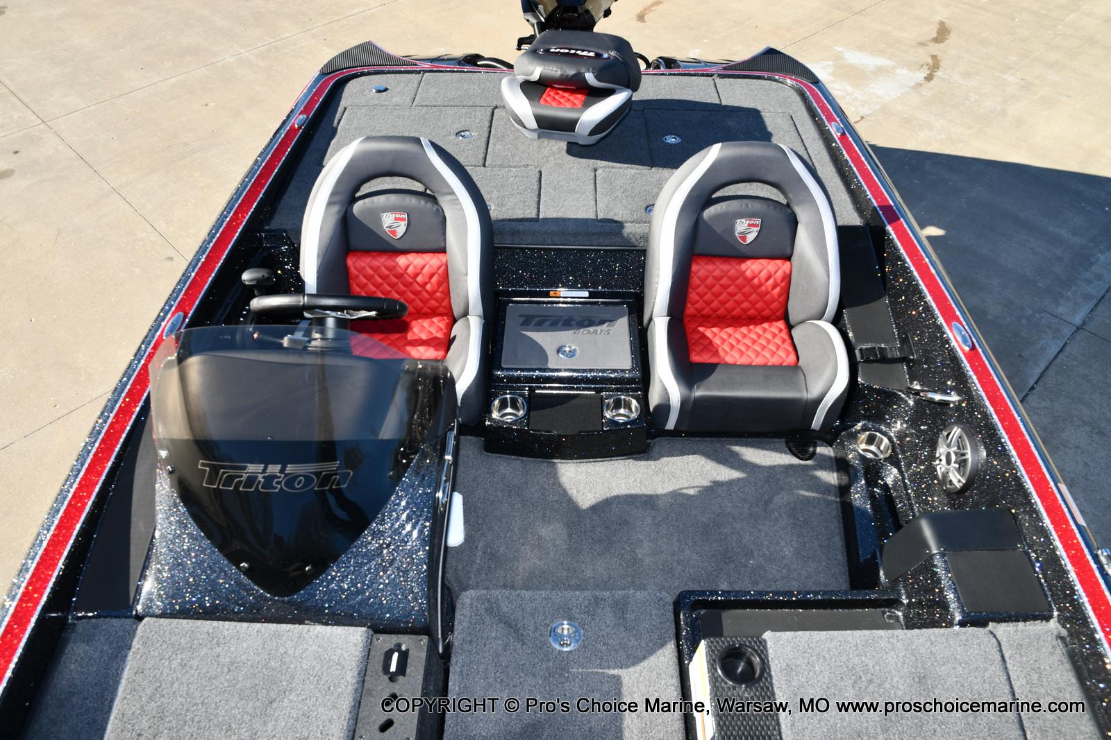 2021 Triton boat for sale, model of the boat is 19 TRX PATRIOT w/225HP PRO-XS & Image # 31 of 50