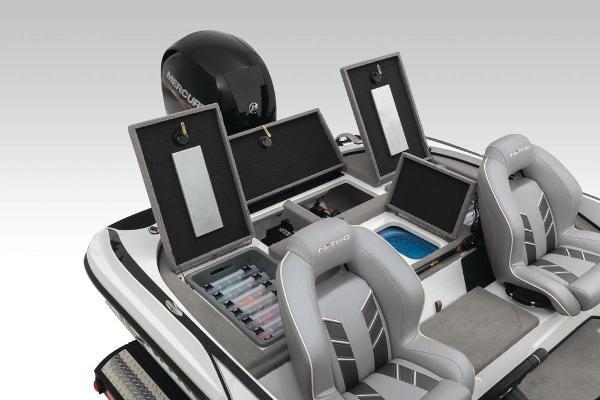 2020 Nitro boat for sale, model of the boat is Z18 & Image # 37 of 54