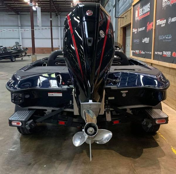 2021 Triton boat for sale, model of the boat is 189 TRX & Image # 9 of 17
