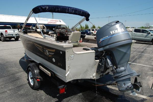 2001 Smoker Craft boat for sale, model of the boat is 171 & Image # 8 of 9