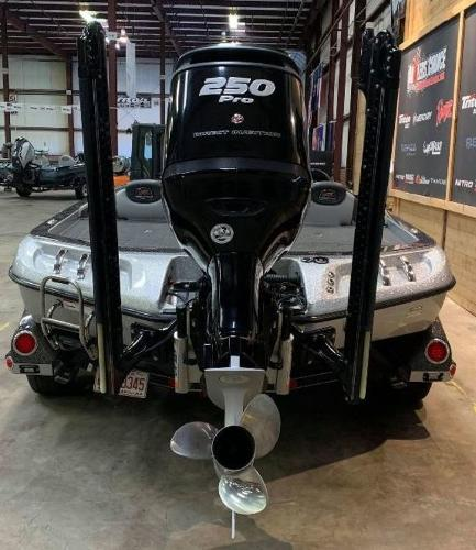 2016 Ranger Boats boat for sale, model of the boat is Z520C & Image # 4 of 11