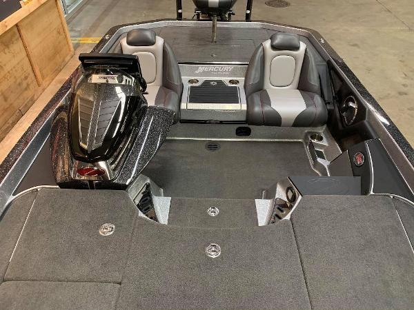 2016 Ranger Boats boat for sale, model of the boat is Z520C & Image # 10 of 11