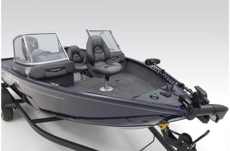 2021 Tracker Boats boat for sale, model of the boat is Pro Guide 175 CB & Image # 4 of 34