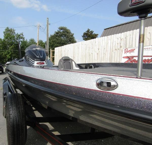 2018 Ranger Boats boat for sale, model of the boat is Z520C & Image # 26 of 29