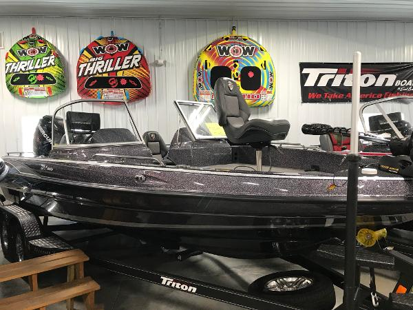 2018 Triton boat for sale, model of the boat is 206 Fishunter & Image # 1 of 6