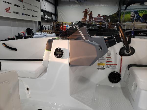 2021 Tahoe boat for sale, model of the boat is T16 & Image # 10 of 21