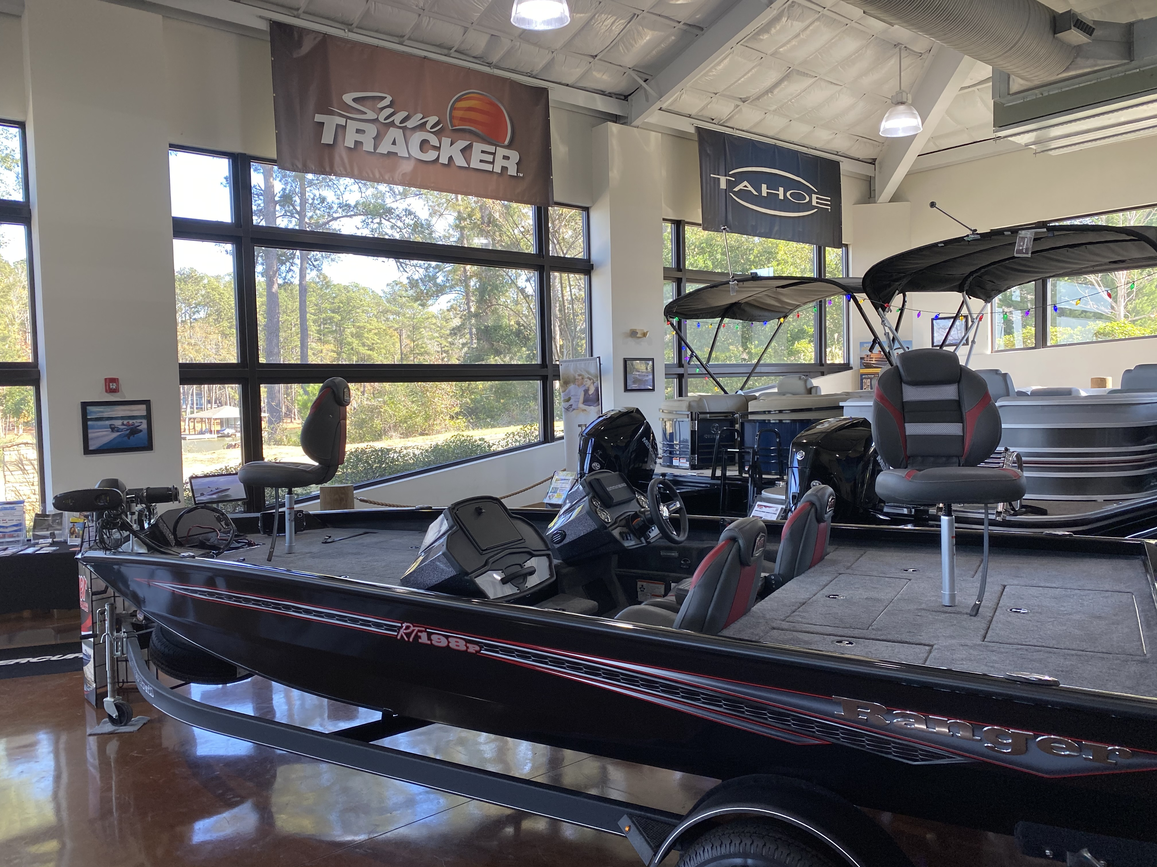 2021 Ranger Boats boat for sale, model of the boat is RT 198P & Image # 1 of 5