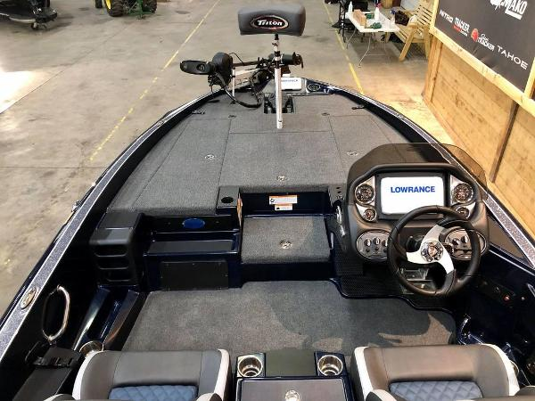 2021 Triton boat for sale, model of the boat is 189 TRX & Image # 11 of 17