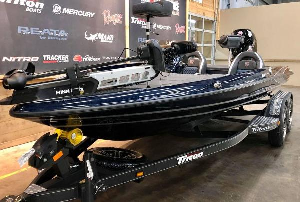 2021 Triton boat for sale, model of the boat is 189 TRX & Image # 14 of 17