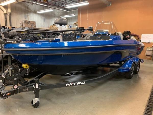 2020 Nitro boat for sale, model of the boat is ZV20 Pro & Image # 1 of 18