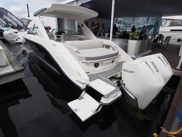 2022 SEA RAY SLX 310 OB