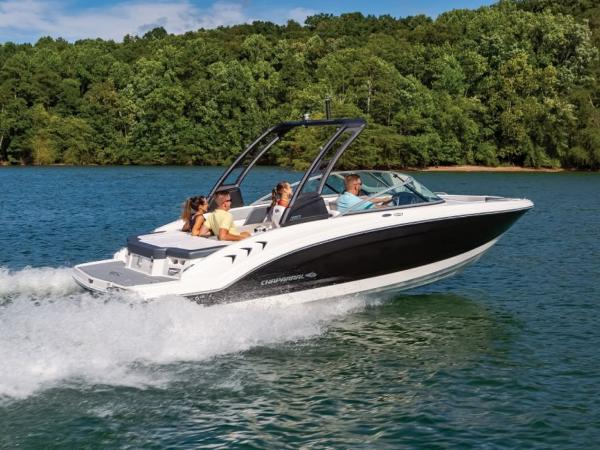 2021 Chaparral boat for sale, model of the boat is 23 SSi & Image # 3 of 11