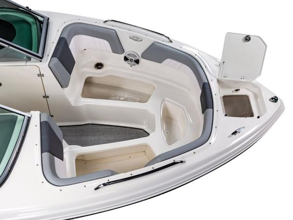 2021 Chaparral boat for sale, model of the boat is 23 SSi & Image # 4 of 11