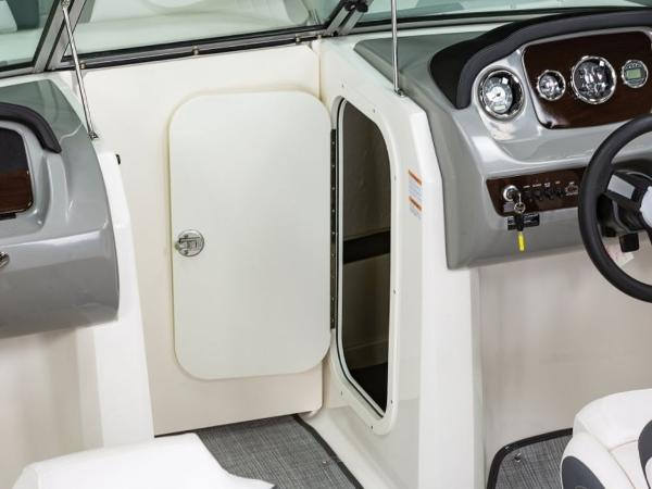2021 Chaparral boat for sale, model of the boat is 23 SSi & Image # 10 of 11