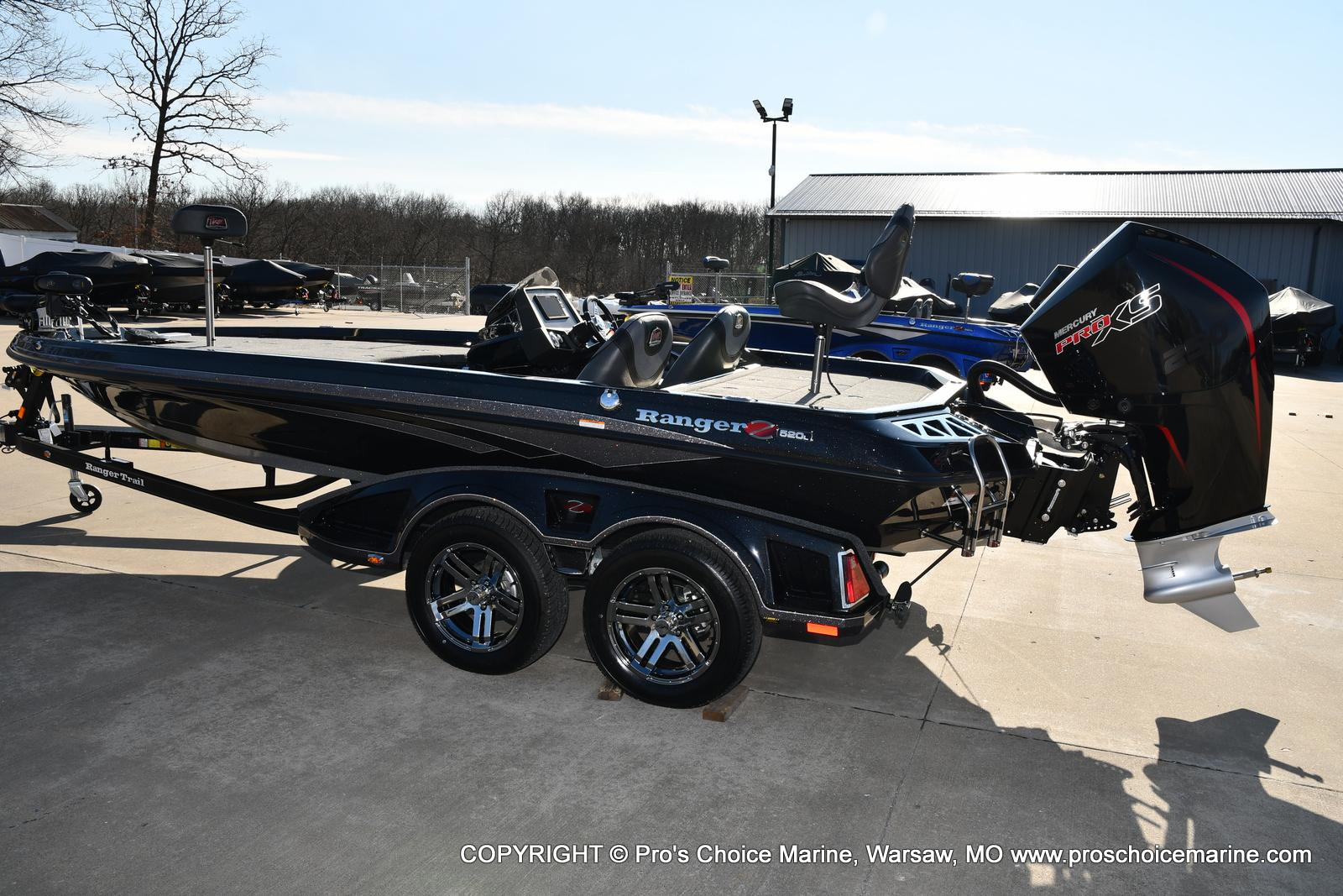 2021 Ranger Boats boat for sale, model of the boat is Z520L TOURING PACKAGE & Image # 2 of 50