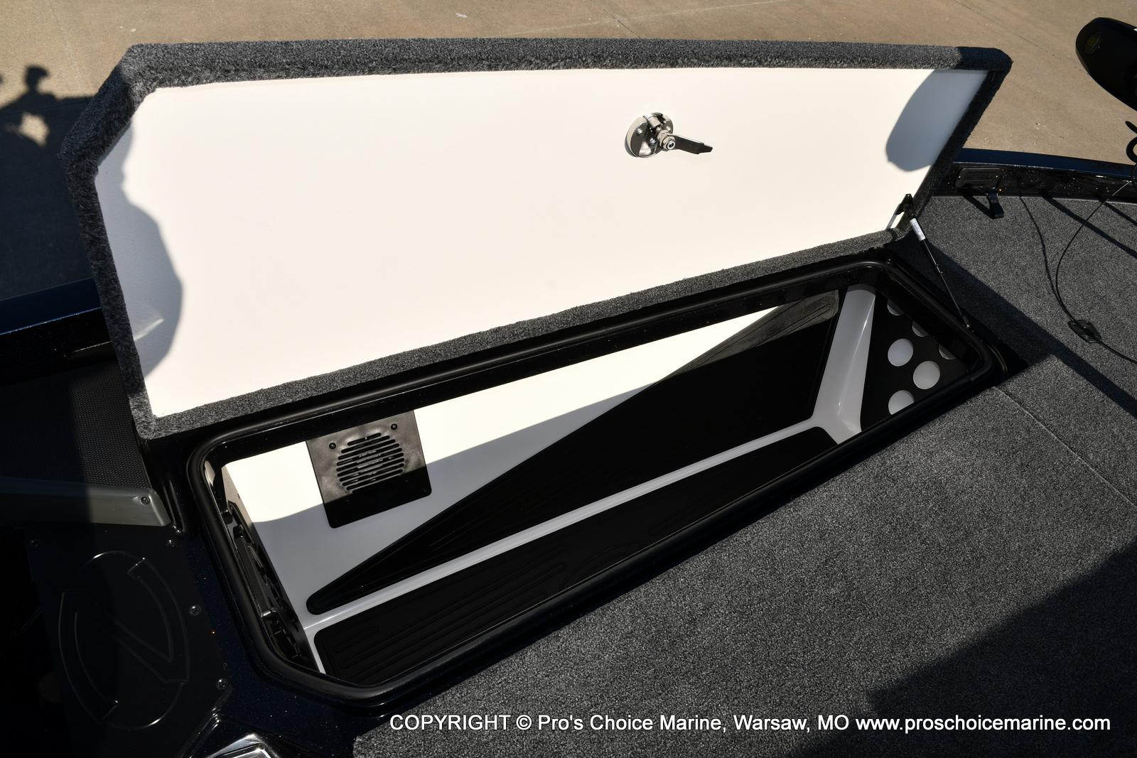 2021 Ranger Boats boat for sale, model of the boat is Z520L TOURING PACKAGE & Image # 23 of 50