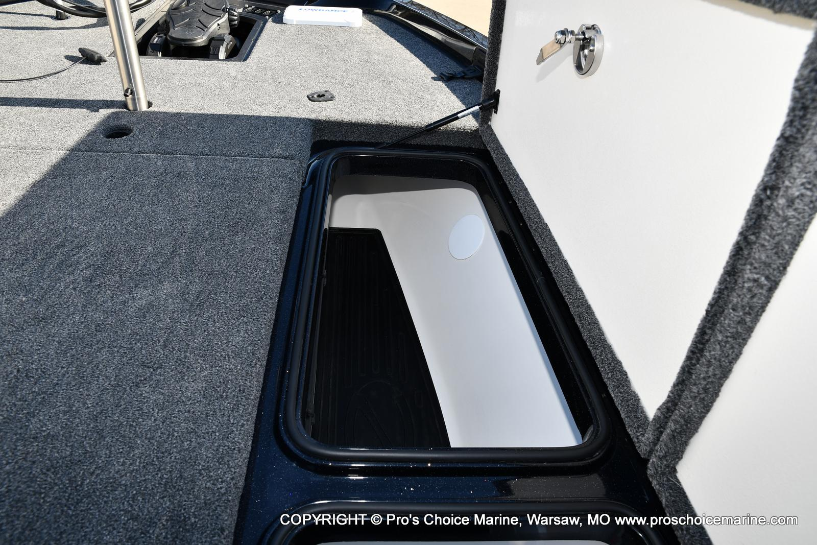 2021 Ranger Boats boat for sale, model of the boat is Z520L TOURING PACKAGE & Image # 25 of 50