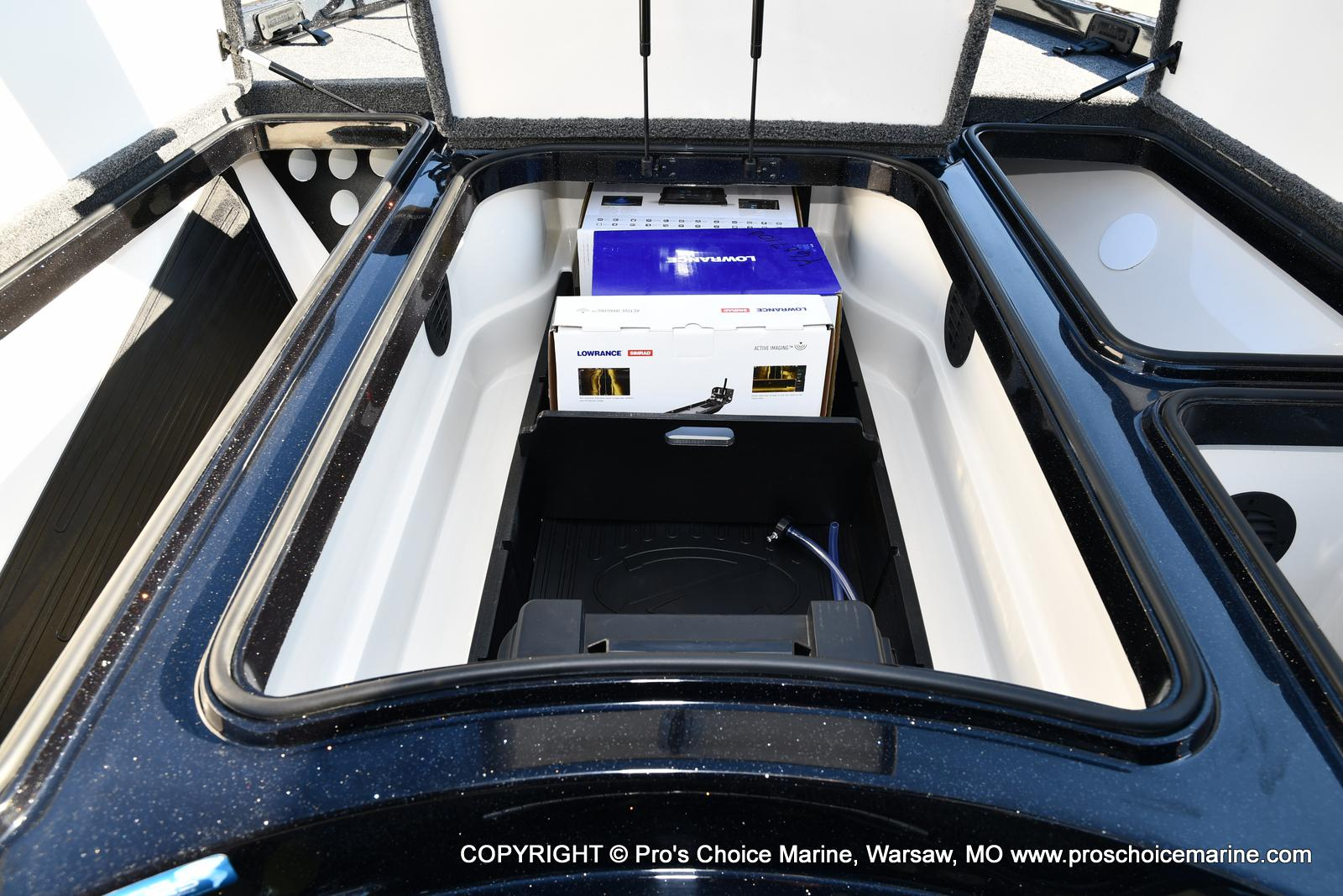 2021 Ranger Boats boat for sale, model of the boat is Z520L TOURING PACKAGE & Image # 37 of 50
