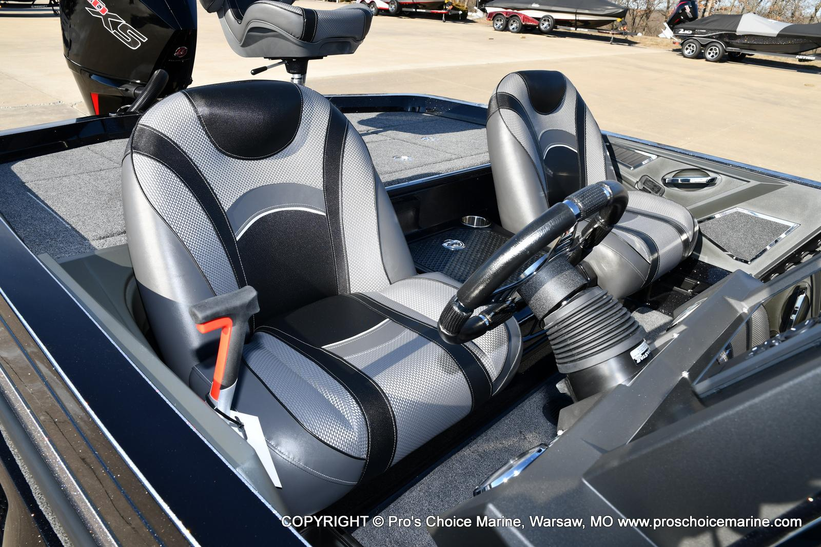 2021 Ranger Boats boat for sale, model of the boat is Z520L TOURING PACKAGE & Image # 41 of 50