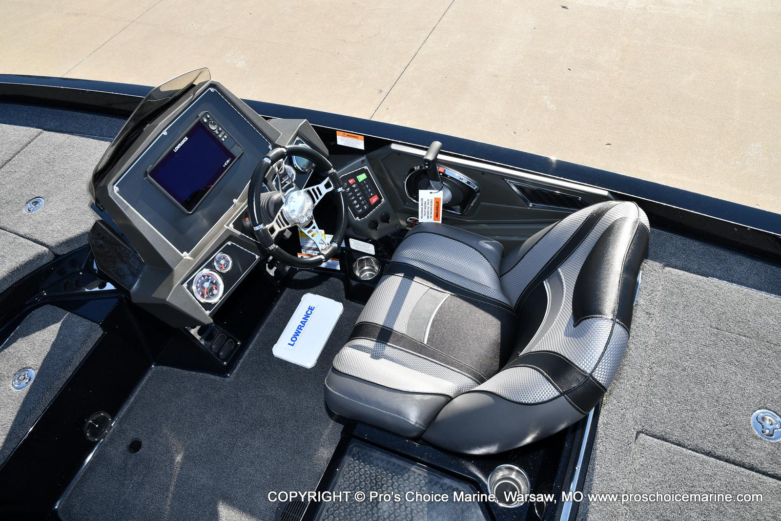 2021 Ranger Boats boat for sale, model of the boat is Z520L TOURING PACKAGE & Image # 8 of 50