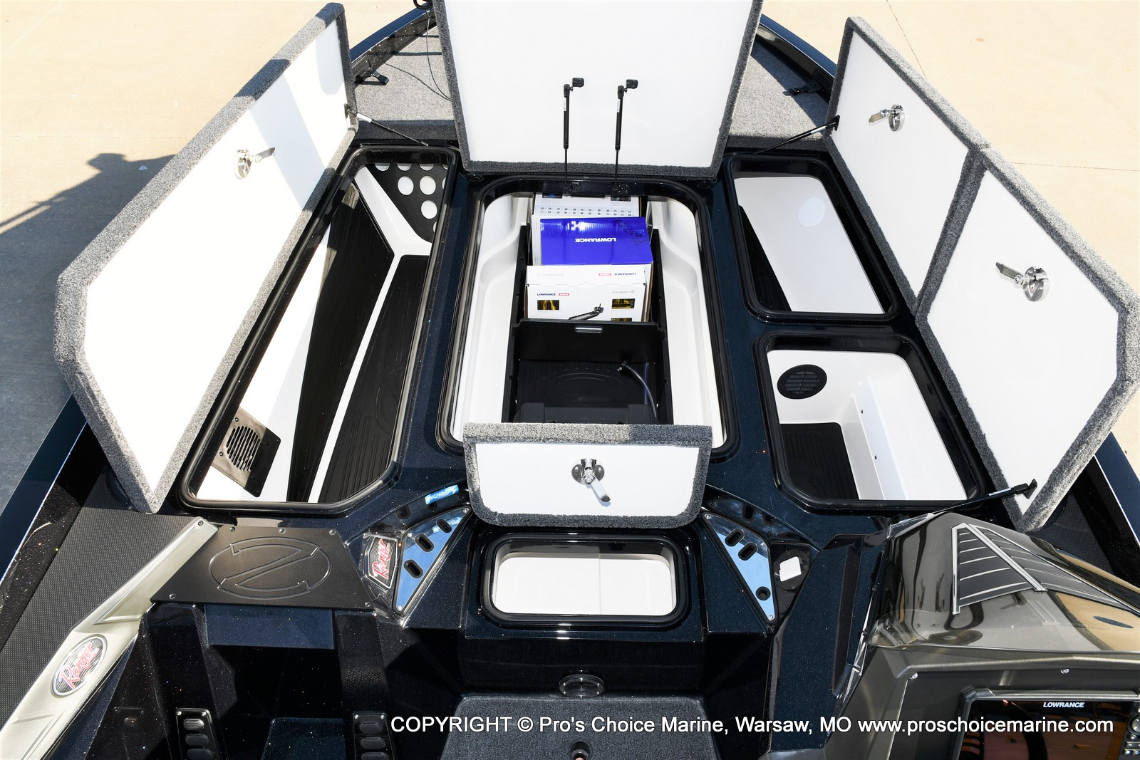 2021 Ranger Boats boat for sale, model of the boat is Z520L TOURING PACKAGE & Image # 36 of 50
