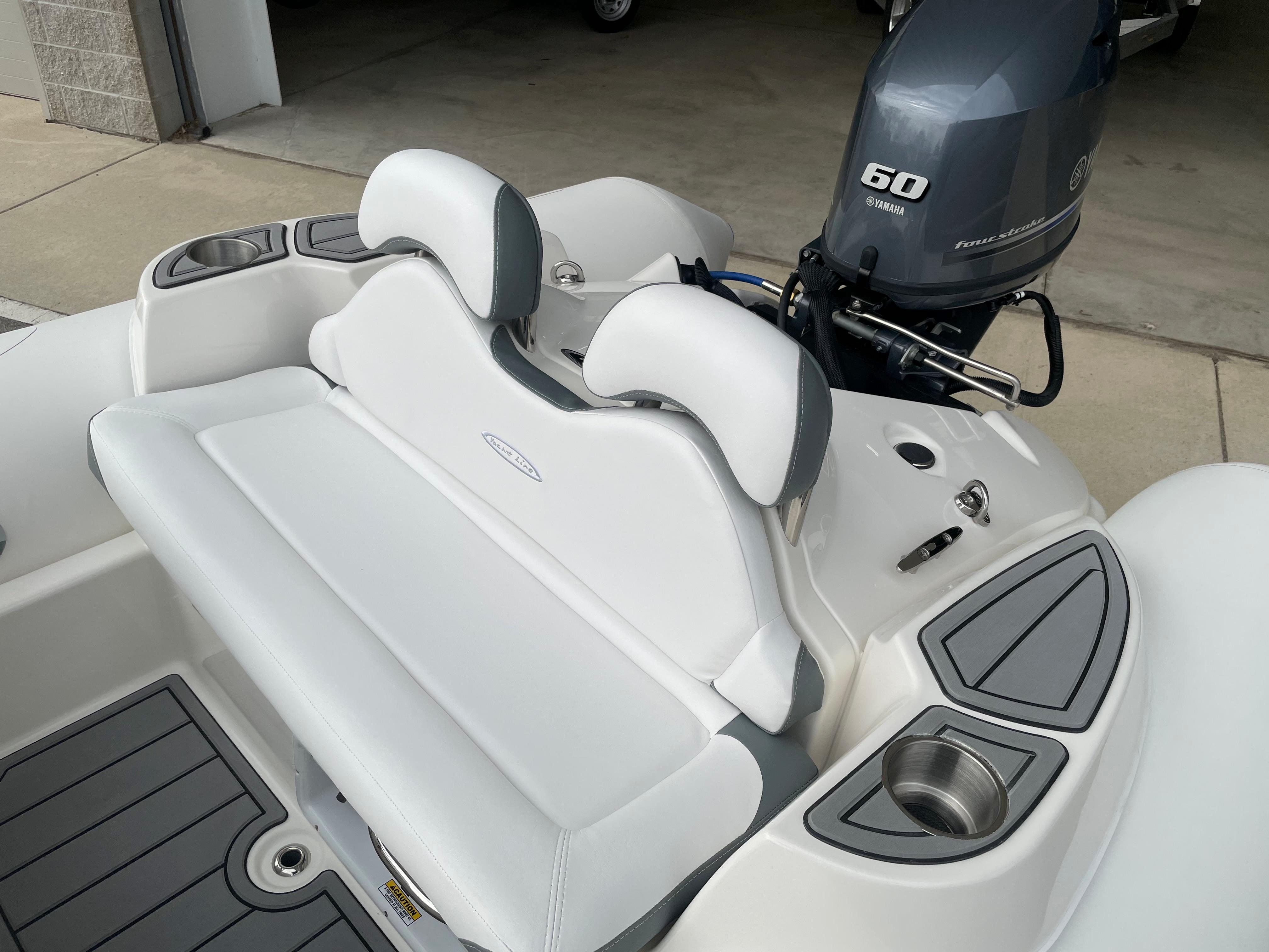2022 Zodiac Yachtline 440 Deluxe NEO GL Edition 60hp On Order, Image 11