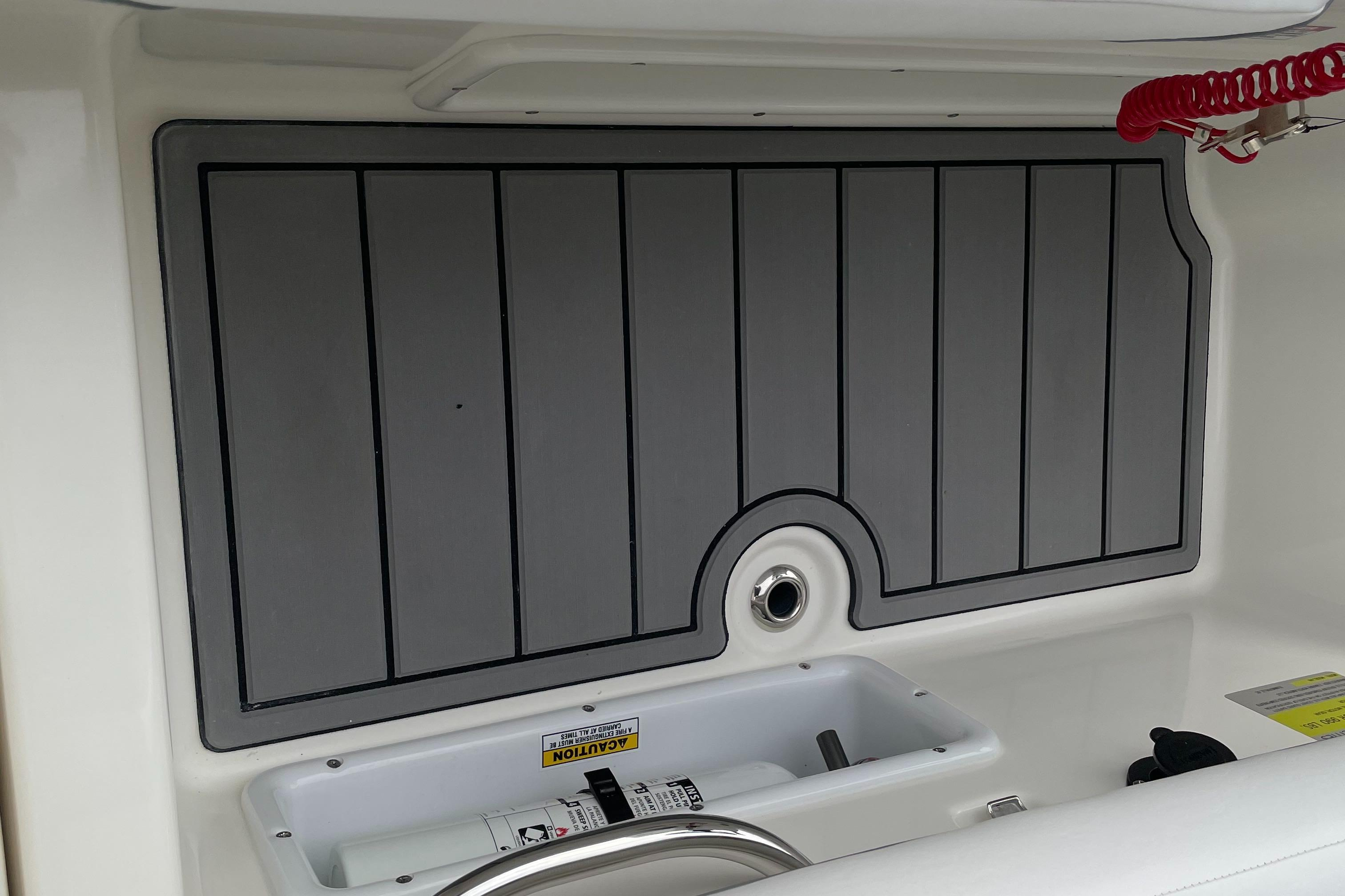 2022 Zodiac Yachtline 440 Deluxe NEO GL Edition 60hp On Order, Image 21